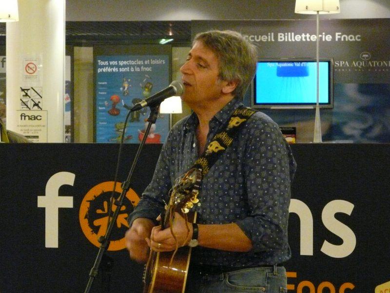 Yves Duteil en showcase à la Fnac