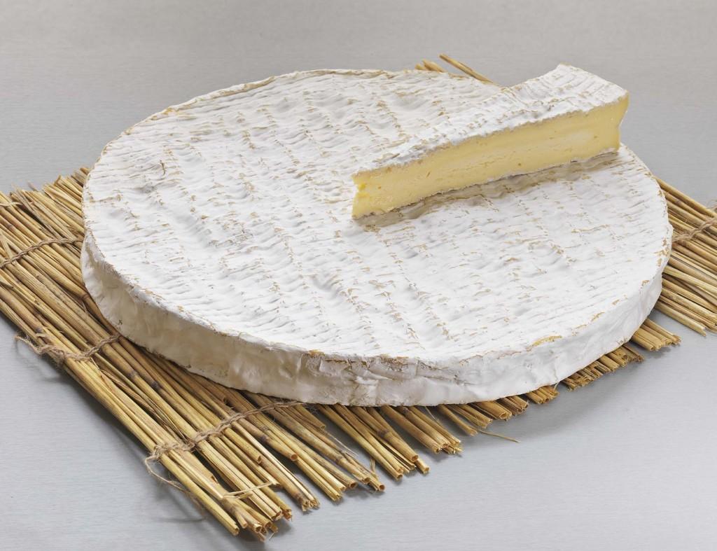 Poireaux sur un lit de Brie