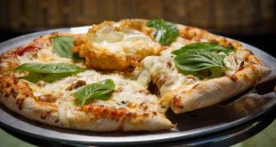 Pizza aux trois Brie