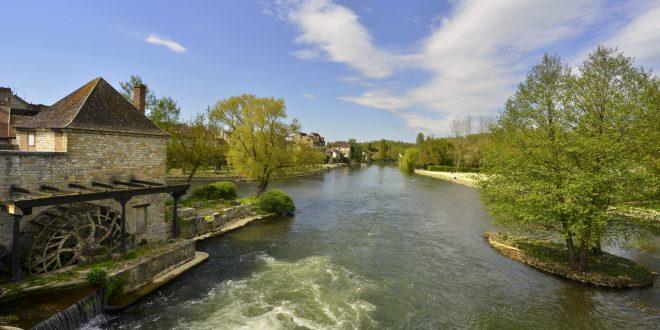 Balade au bord de l 39 eau le long du loing et son canal en seine et marne - Office du tourisme seine et marne ...